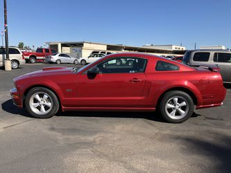 2008 Ford Mustang Thumbnail