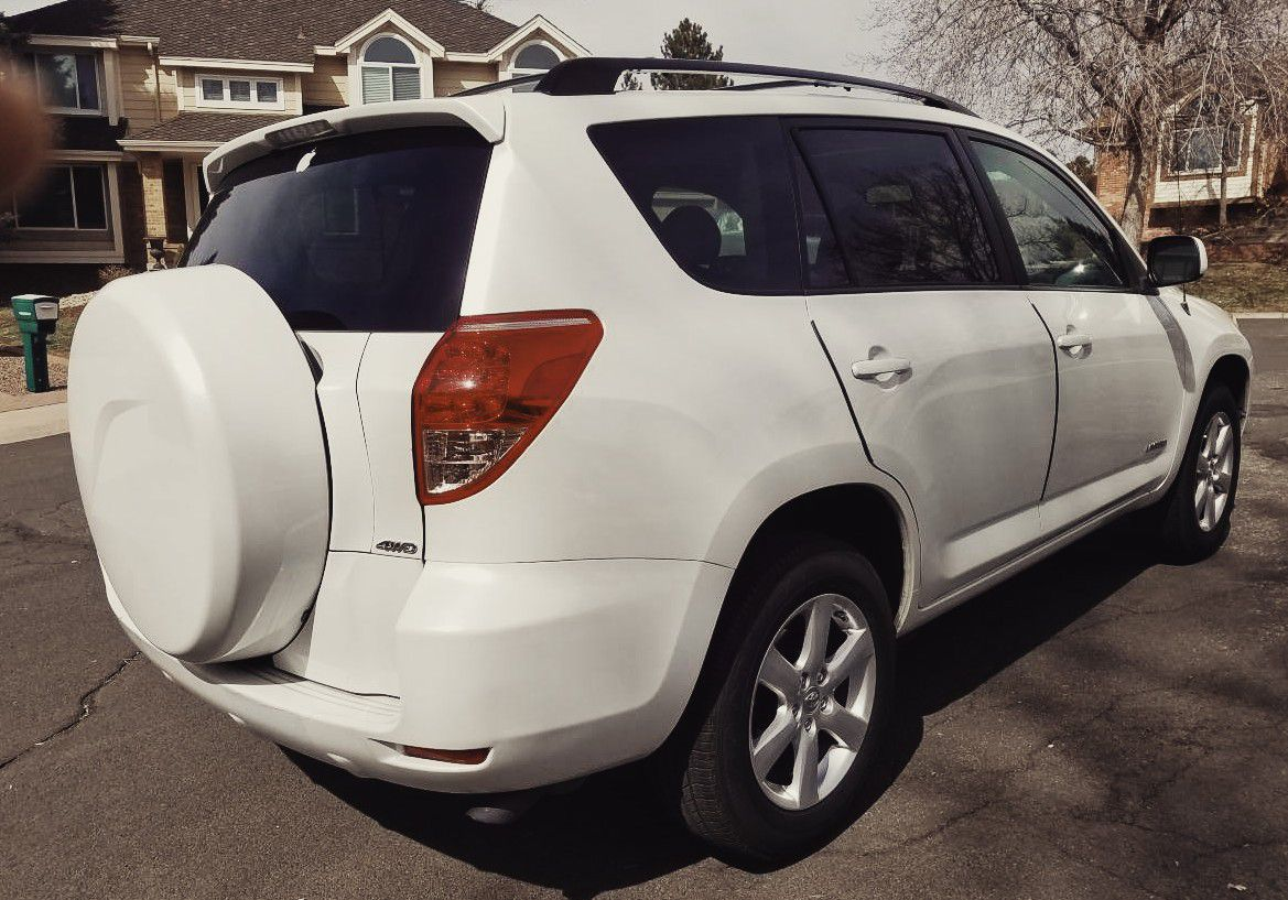 THE SUPREME CAR 😈😈 2006 TOYOTA RAV4 have all what you need