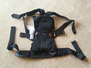 Baby Bjorn infant carrier. for Sale in Gaithersburg, MD