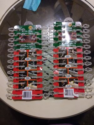 Christmas light clips $1 each or $2 for both for Sale in Sumas, WA