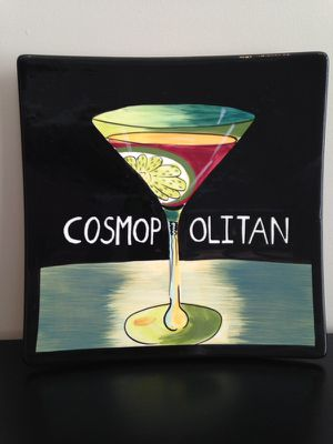 Cosmopolitan wall art plate, 10 x 10 for Sale in Sterling, VA