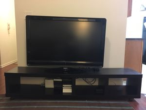 Tv stand - $25 for Sale in Washington, DC