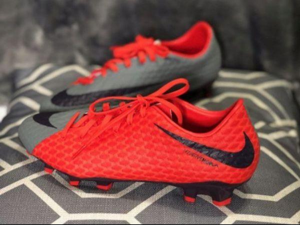 pretty nice 0df5c 9eb47 Nike hypervenom phelon 3 FG size 7 men size 8 women for Sale in Long Beach,  CA - OfferUp