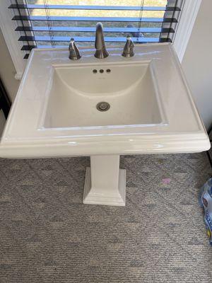 Photo Kohler Pedestal Sink