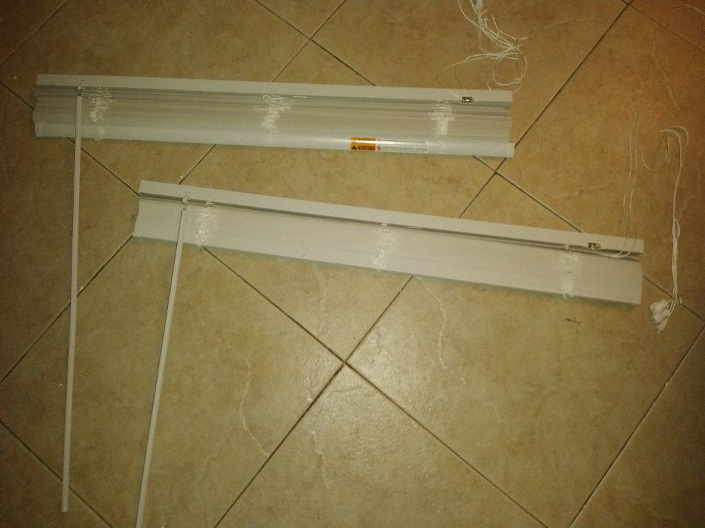 3ft wide blinds- brand new