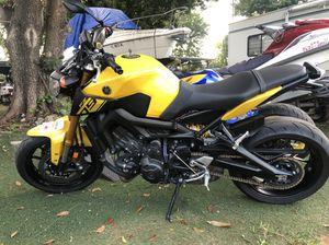 2014 Yamaha fz9 4400 millas título limpio for Sale in Miami, FL