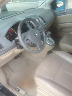 2008 Nissan Sentra Thumbnail