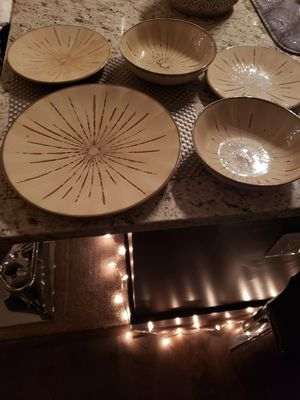 Pier 1 imports plate and bowl set for Sale in Gaithersburg, MD