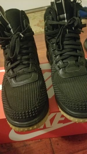Nike air boot shoe size 11.5 for Sale in Landover, MD
