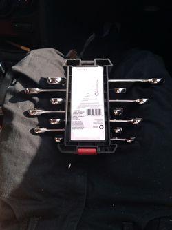 Husky 7 Piece Ratchet Combination Wrench Set Thumbnail
