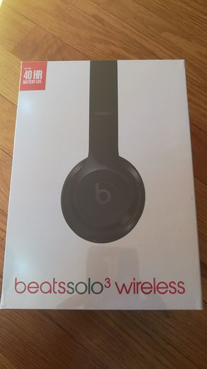 New headphones solo wireless Bluetooth for Sale in Adelphi, MD