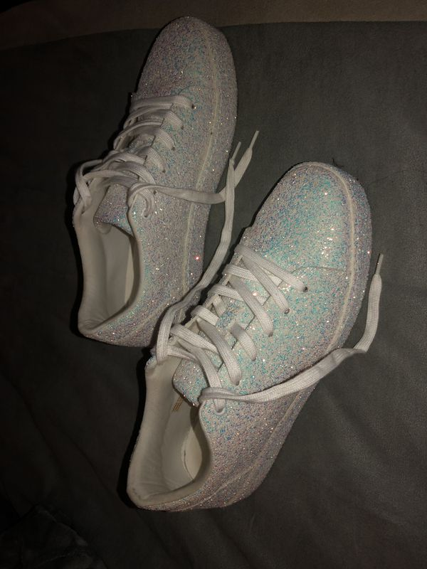 1e48b25ee5 ALDO White Sparkly Shoes for Sale in Surprise, AZ - OfferUp
