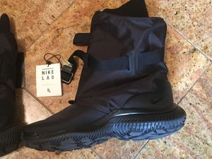 Nike Gaiter snow boots black $85 for Sale in Washington, DC