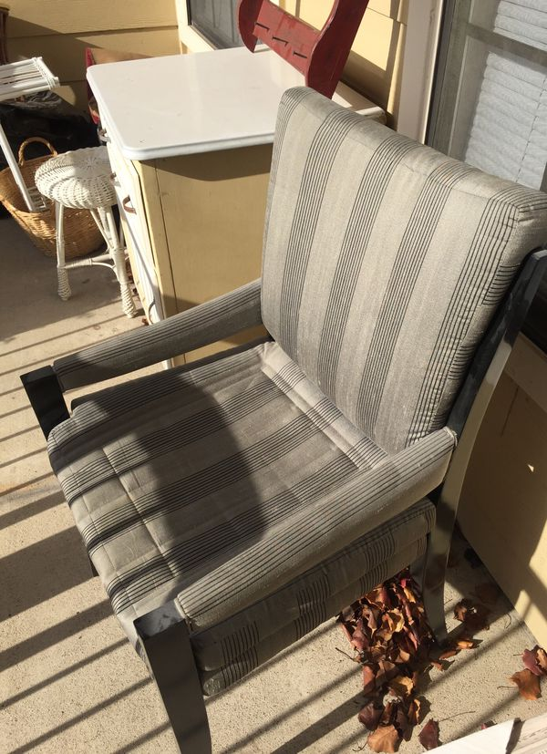 Wonderful Grey Den Or Family Room Chair For Sale In Dallas Tx Offerup