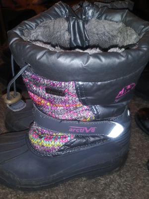 493ed3b8fee5b7 Kids size 13 snow boots. for Sale in Andover