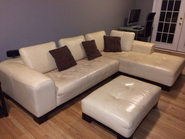 Decoro Leather Sectional With Ottoman