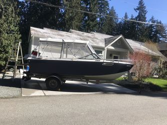Photo 1977 Sea swirl, everything on this baby works great. Reason for sale is due to not using. Custom canvas, new batteries, depth finder, VHF radio, ster