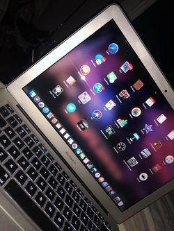 MacBook Air 256GB Thumbnail