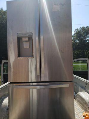 New fridge whirlpool for Sale in Cumberland, VA