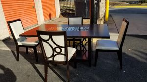 Dinning room table and chairs for Sale in Manassas, VA