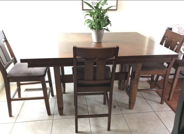 Kitchen dining table set (Furniture) in Colton, CA - OfferUp