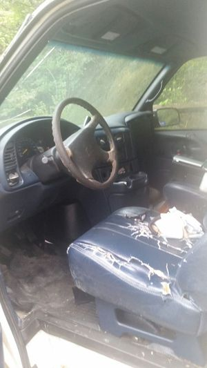 99 Chevy Astro van for Sale in Silver Spring, MD