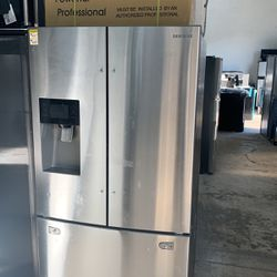 Samsung Refrigerator As Is Dent And Scratch / 1 Year Warranty Thumbnail