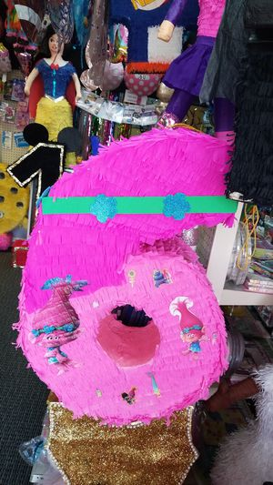 🎈Trolls Piñata 🎈 for Sale in Houston, TX