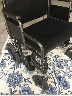 Heavy duty over sides wheelchair for Sale in Winter Springs, FL