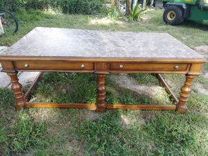 Coffee table for Sale in Tavares, FL