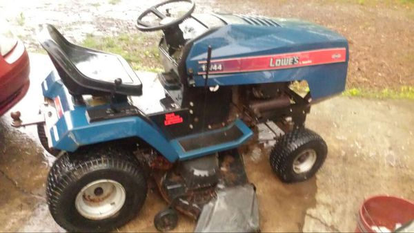 Old Lowes 18hp 44inch Cut Lawn Tractor For Sale In Durham
