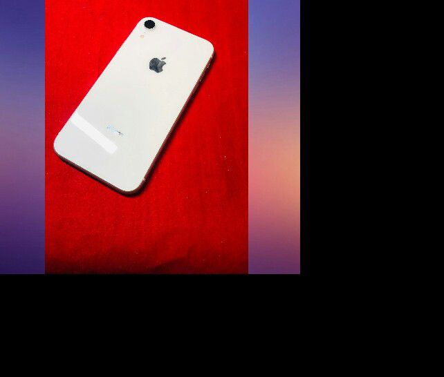 """iPhone XR 64gb Att Tmobile Metro (Finance for $80 down and take home today, 3months no interest) $379""""iPhone XR 64gb Att Tmobile Metro (Finance for $8"""