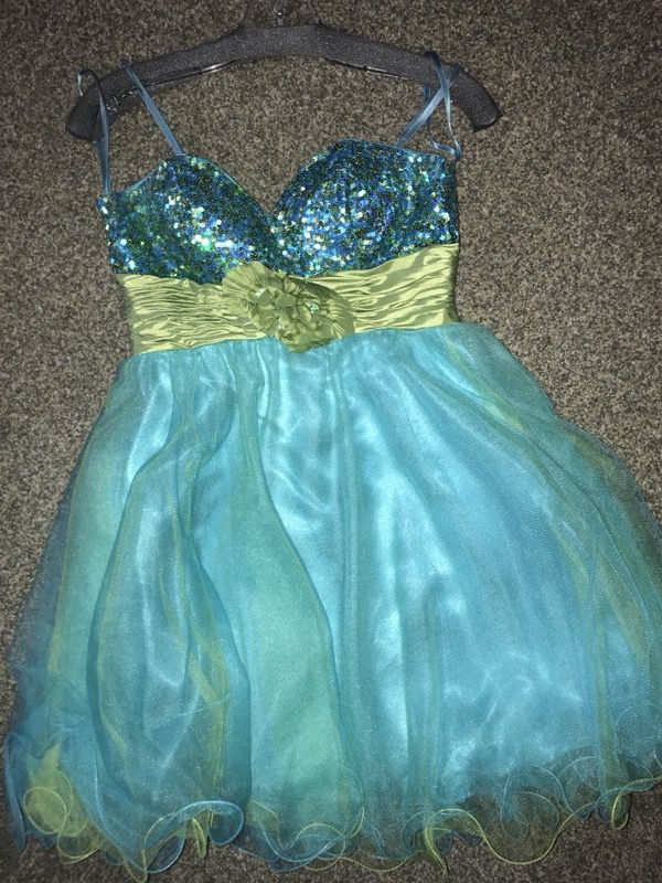 17fae2067cc Homecoming dress! for Sale in Boise