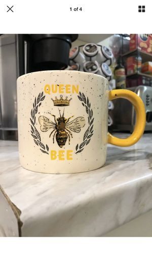 Photo Queen Bee Coffee Mug Extra Extra Large