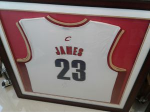 Authentic Lebron Signed Miami Heat Tshirt framed for Sale in Miami, FL