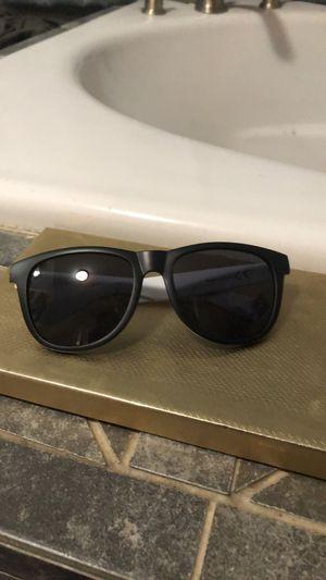 VS PINK white/black sunglasses for Sale in Front Royal, VA