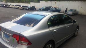 Polarizados TINT WINDOWS ISTALATION for Sale in Hyattsville, MD
