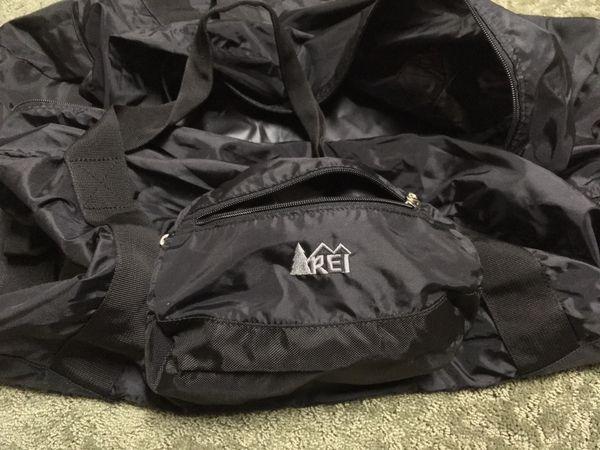 REI BLACK DUFFLE BAG for Sale in San Jose, CA - OfferUp 754c2b5972