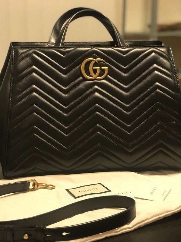 f95930d39f6 Gucci Marmont Handbag for Sale in San Diego
