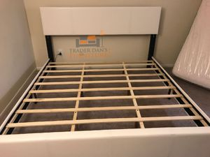 Brand new king size platform bed frame for Sale in Silver Spring, MD