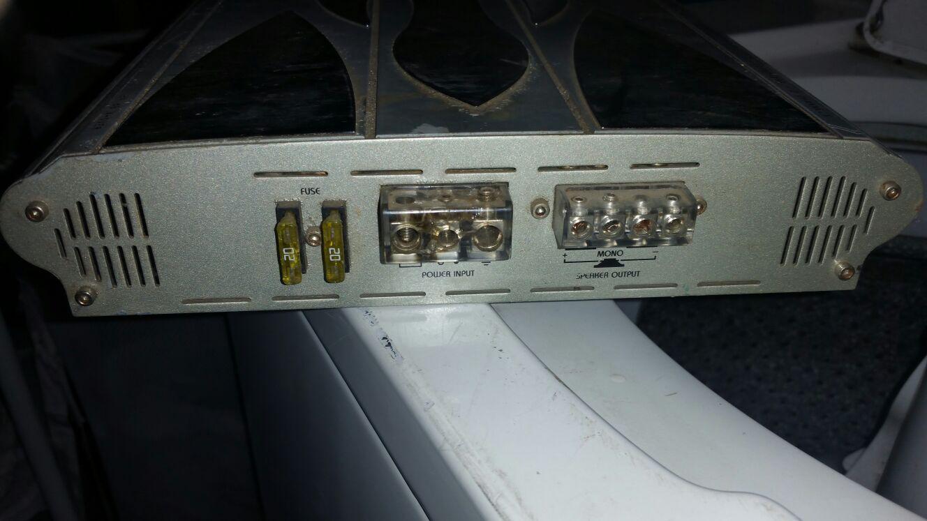 Amp w/speaker