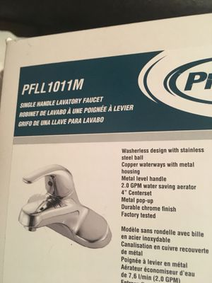 Faucet hot and cold bathroom for Sale in Manassas, VA