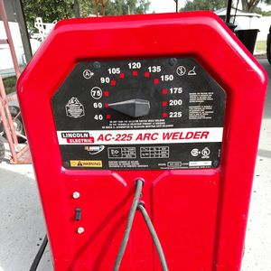 Lincoln welder AC 225 for Sale in Polk City, FL