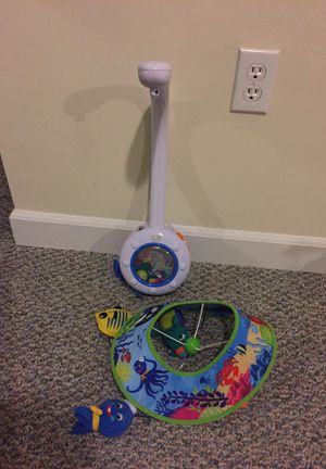Baby motorized swinging toy carousel for crib for Sale in Gaithersburg, MD