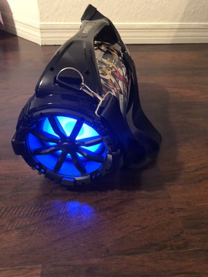 Speaker with Bluetooth USB port radio and microphone for Sale in Kissimmee, FL