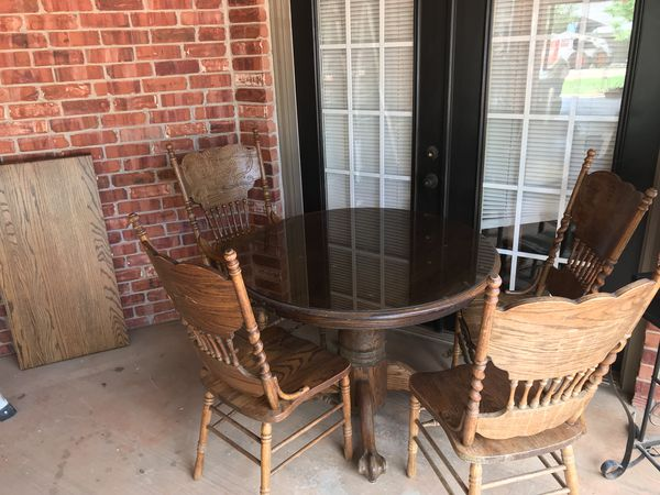 Solid OAK DINING TABLE AND 4 CHAIRS W LEAF 1980 HW Hull And SONS