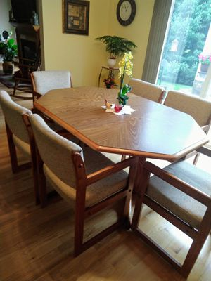Fantastic New And Used Dining Table For Sale In Mankato Mn Offerup Download Free Architecture Designs Scobabritishbridgeorg