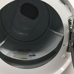 Electrolux Dryer In White Front Loader  Thumbnail