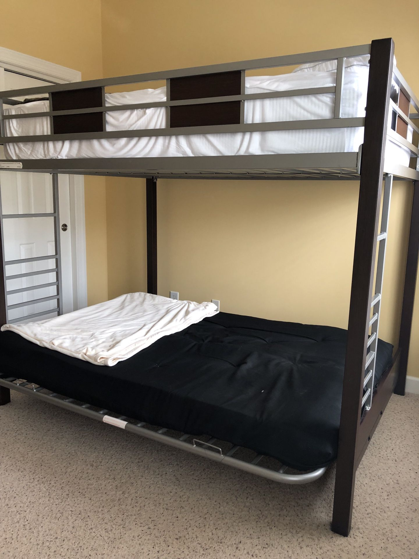 Bunk Bed From Rooms To Go Dong Guan Tian For Sale In Raleigh Nc Offerup