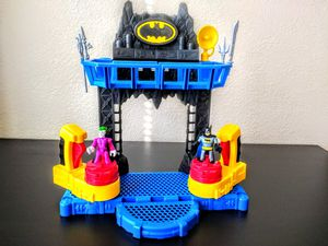 Imaginext Batman battle bat cave playset for Sale in Chandler, AZ